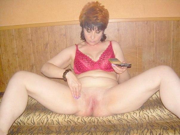 Пошлячки за 40 светят волосатыми и бритыми вагинами 5 фото