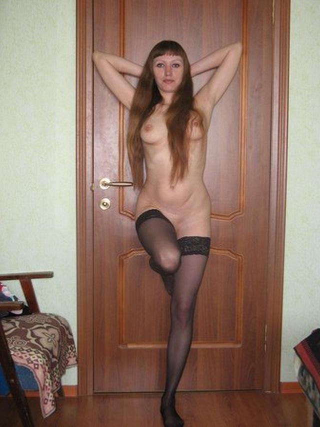 30летняя жена показывает стриптиз и отсасывает 14 фото