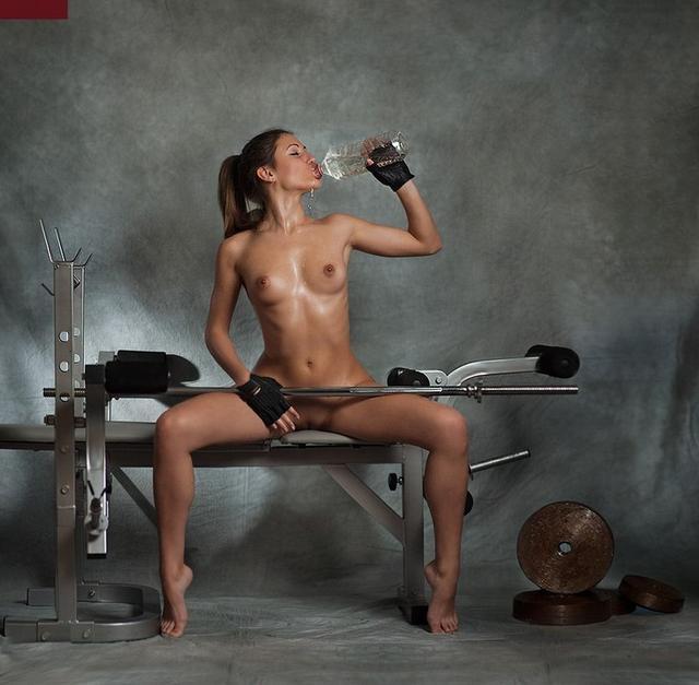 Сборка красивых и спортивных девушек 9 фото