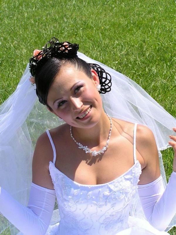 Невеста выложила в сеть обнаженные фото 3 фото