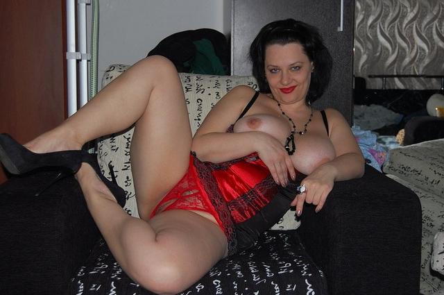 Подборка эротики разведенных дамочек в домашних условиях 4 фото