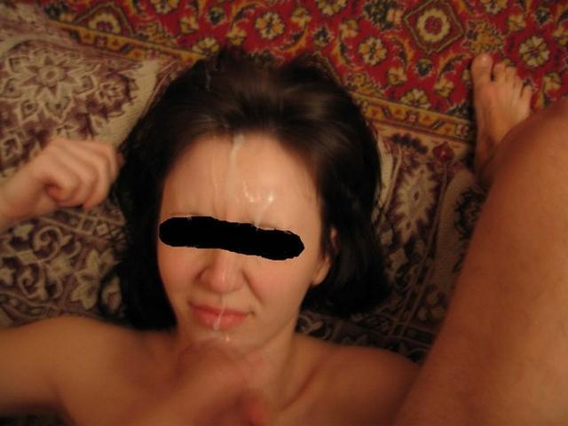 Подборка молодых чувих со спермой на лице и теле 7 фото