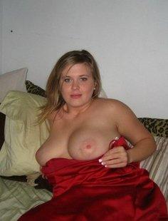 Огромная грудь у шикарных свободных девиц и женщин