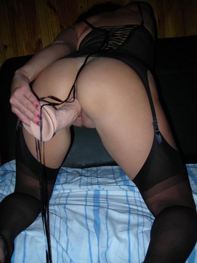 Молодые искусительницы трахаются в вагину с мачо 27 фото