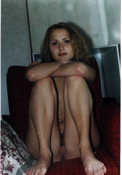 Сборник домашней обнаженки девушек с волосатыми вагинами 7 фото
