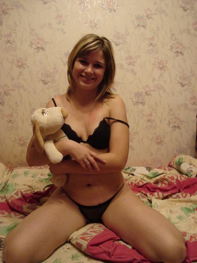 Молодая любовница завет женатика в постель 8 фото