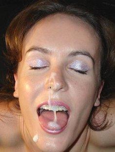 Сперма на красивых лицах девушек