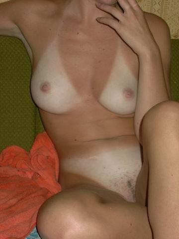 Русские красотки голышом и в нижнем белье веселятся дома 1 фото