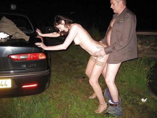 Грудастые телки накупили нижнего белья и позируют для мужей 29 фото