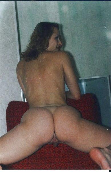 Мужик опубликовал старые снимки своих голых любовниц 26 фото