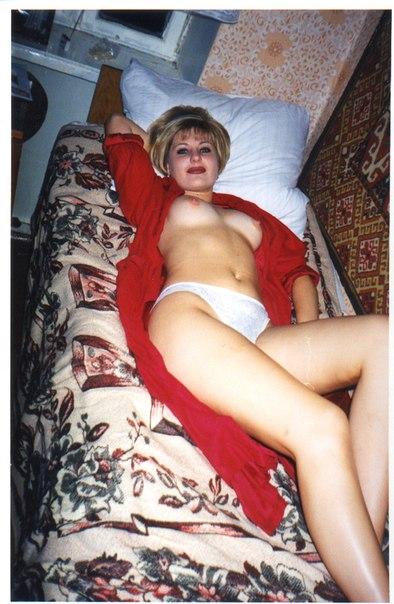 Мужик опубликовал старые снимки своих голых любовниц 29 фото