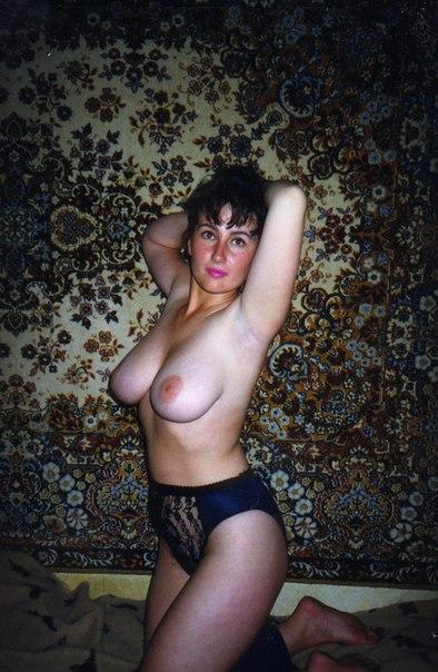 Мужик опубликовал старые снимки своих голых любовниц 30 фото