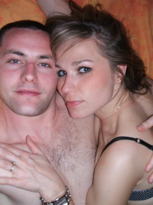 Пьяный мужик изменяет жене с ее подругой 30 фото
