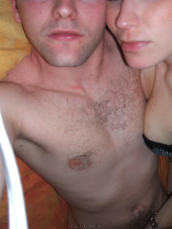 Пьяный мужик изменяет жене с ее подругой 29 фото