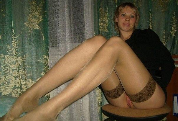 Подборка эротики голых дамочек с длинными ногами 2 фото