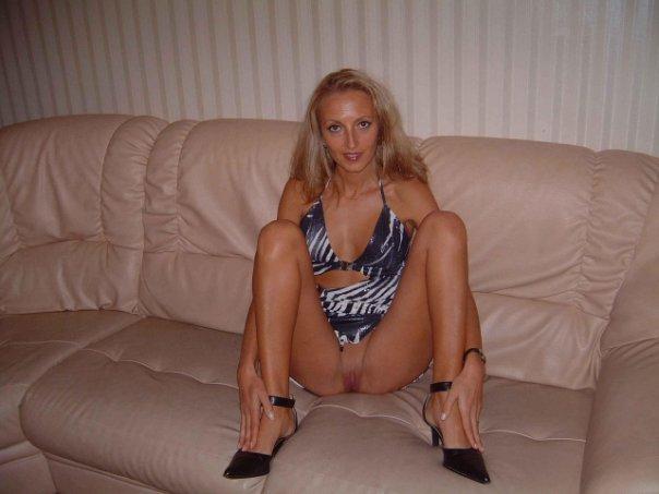 Подборка эротики голых дамочек с длинными ногами 24 фото