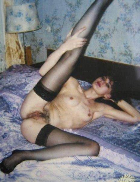 Подборка эротики голых дамочек с длинными ногами 6 фото
