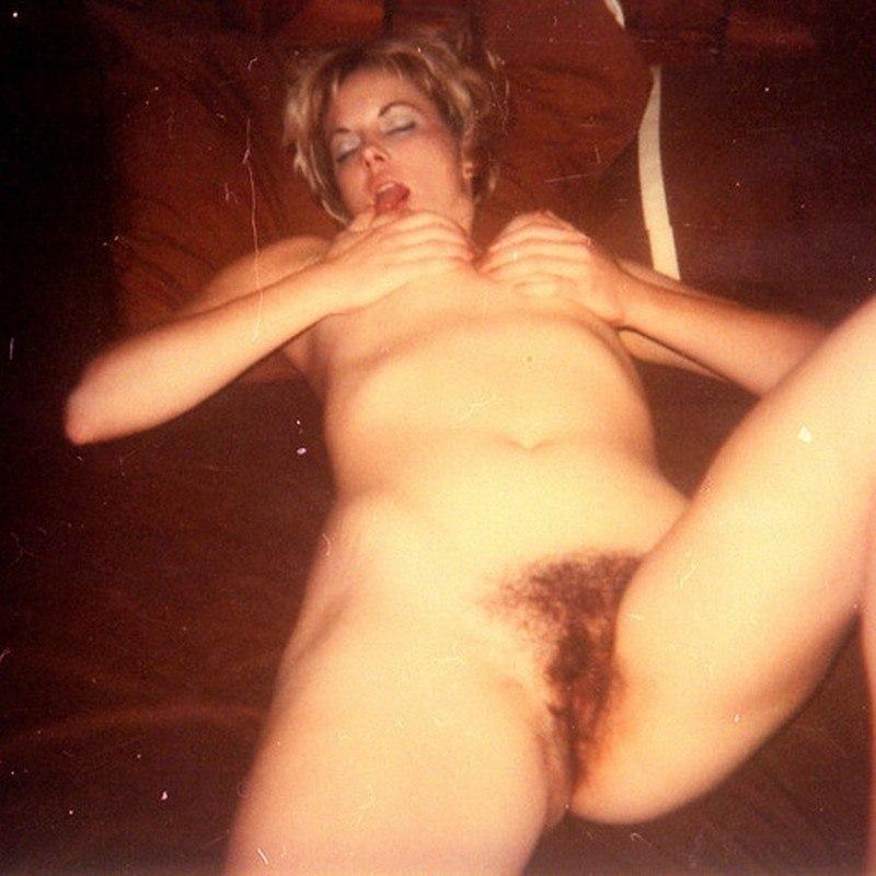 Коллекция старых фото мастурбации подруг 34 фото