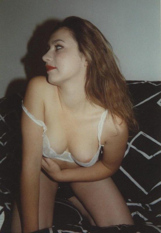 Коллекция старых фото мастурбации подруг 17 фото
