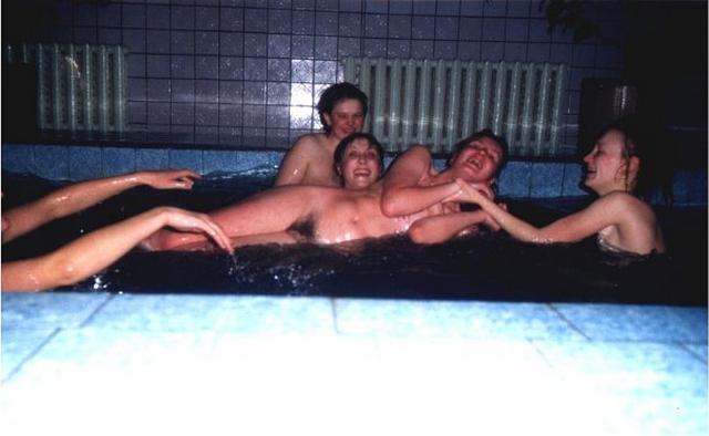 Ретро подборка голых девиц и женщин в сауне и бане 23 фото