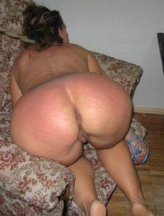 Подборка голых дамочек с большими задницами в домашних условиях