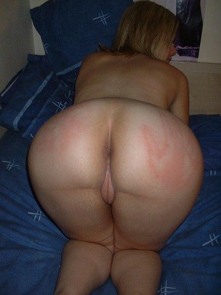 Подборка голых дамочек с большими задницами в домашних условиях 12 фото
