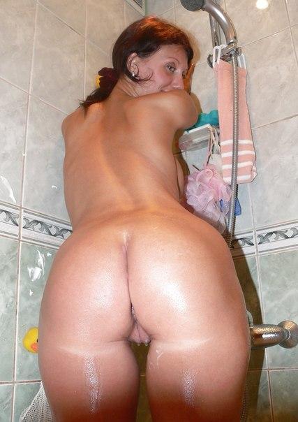Подборка голых дамочек с большими задницами в домашних условиях 1 фото