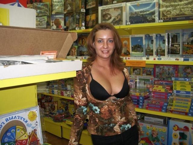 Эротическая подборка мамаш и восемнадцатилеток из соцсети 7 фото