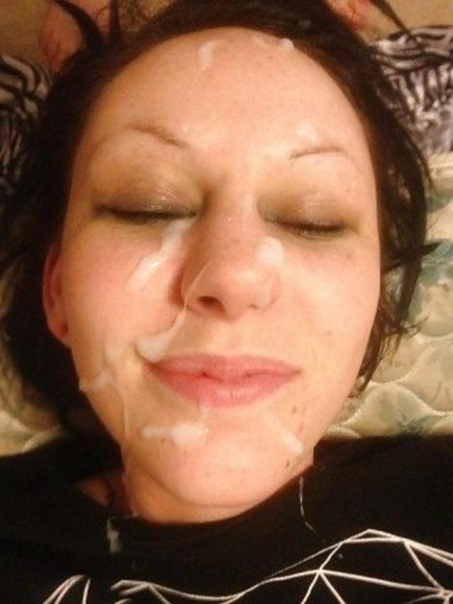 Подборка девушек со спермой на лице после минета 24 фото