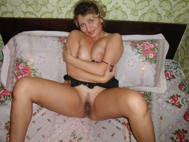 Зрелые женщины хвастаются своими бритыми вагинами 1 фото