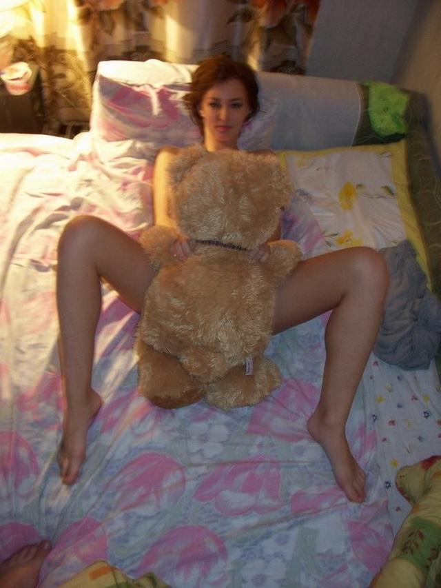 Сисястая красотка выслала интимные снимки для своего парня 1 фото