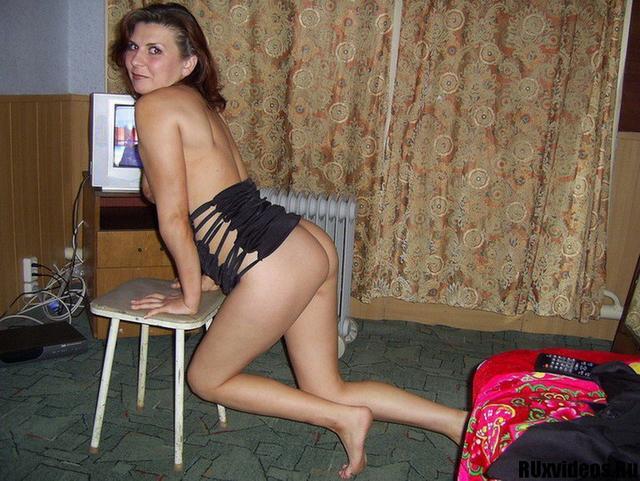 Кокетливая соседка прислала интимные снимки 24 фото
