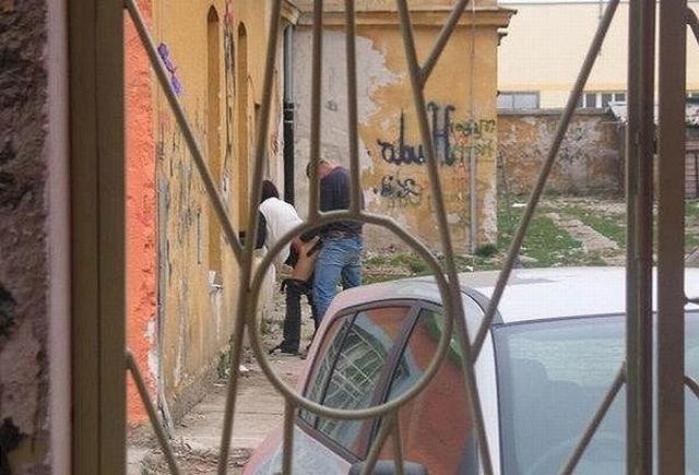 Развратные пары трахаются в публичных местах и на природе 1 фото