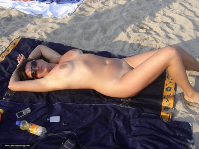 Пара из Таганрога занимается сексом на отдыхе 3 фото