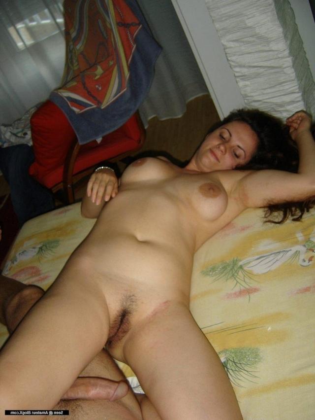 Пара из Таганрога занимается сексом на отдыхе 7 фото