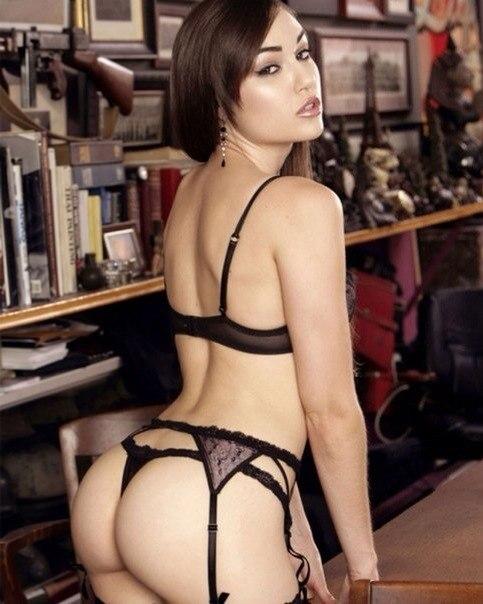 Подборка глубоких минетов и секса с Сашей Грей 23 фото