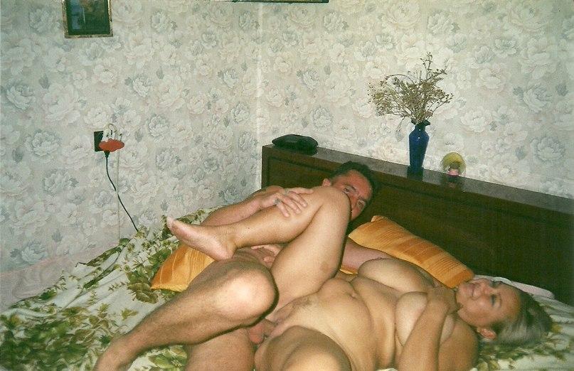 Подборка снимков ебли русских баб на квартире 9 фото