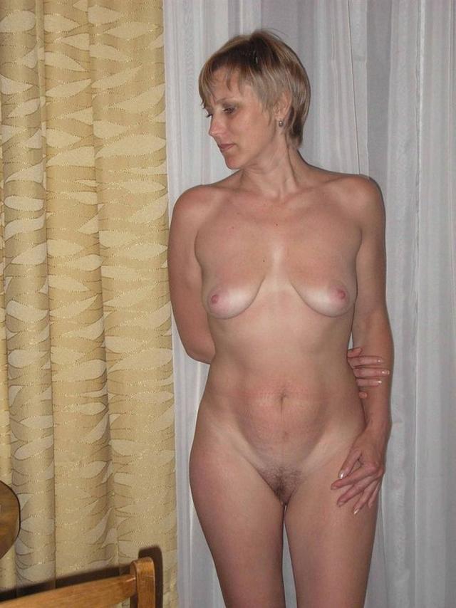 Подборка домашней эротики стройных мамаш из Твиттера 23 фото