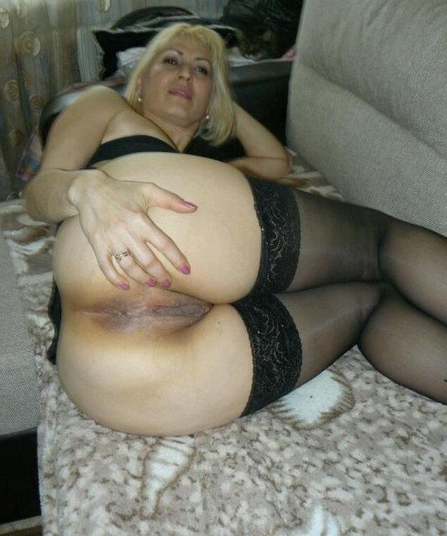Мамочки дома хвастаются своими растянутыми вагинами 6 фото