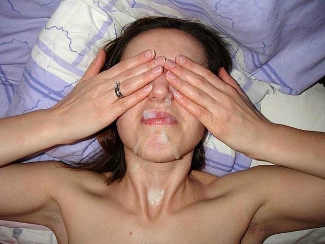 Маска из спермы на лице у молодых давалок 10 фото