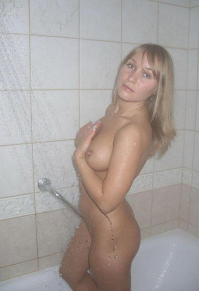 Сборник любительской эротики от голых красоток 10 фото