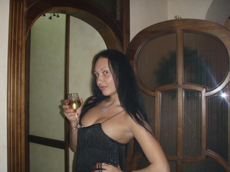 Выложила в сеть свои интим фотографии 10 фото
