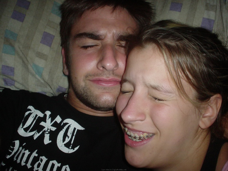 Любит брать у своего парня в рот 19 фото