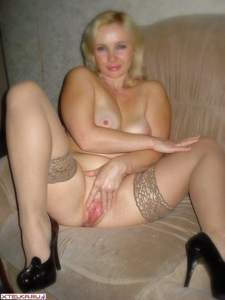 Интимные снимки развратных домохозяек 12 фото