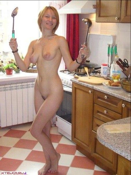 Интимные снимки развратных домохозяек 15 фото