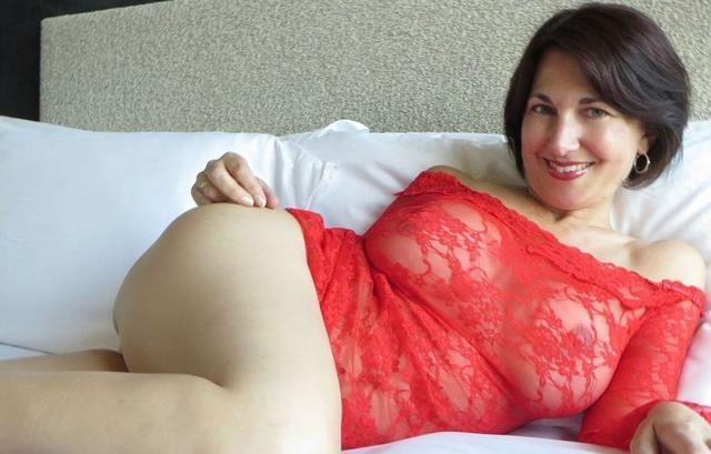 Сборка женщин с большой грудью и сракой 9 фото