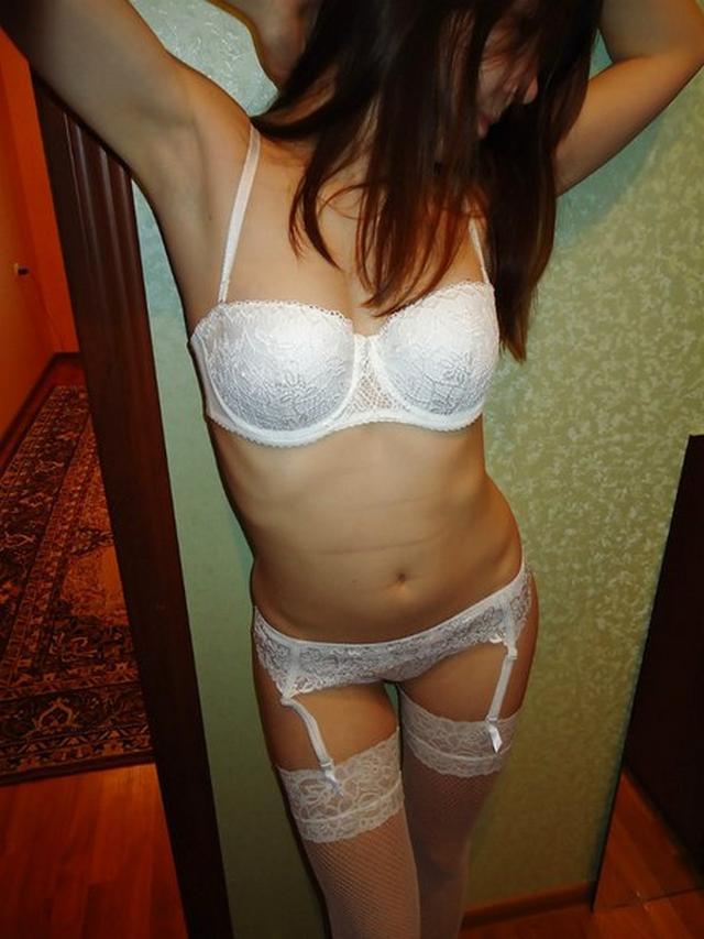 Девушка в потрясающей форме и нижнем белье 25 фото