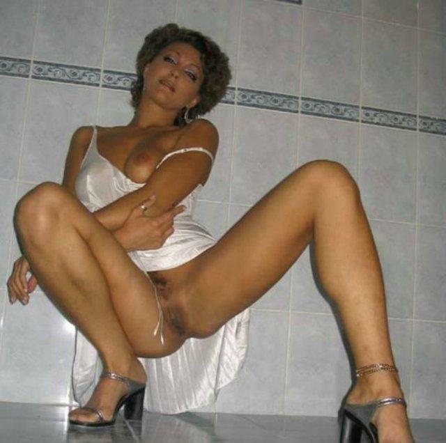 Интимные снимки разведенных пошлячек за 35 9 фото