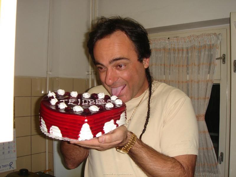 Подарила мужу торт и себя голую 8 фото