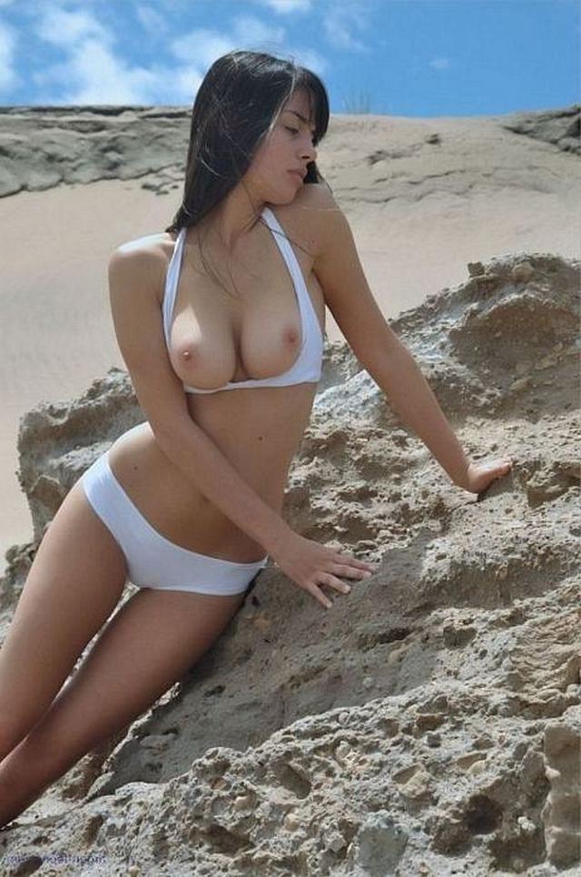 Начинающие модели позируют голышом для журналов 36 фото